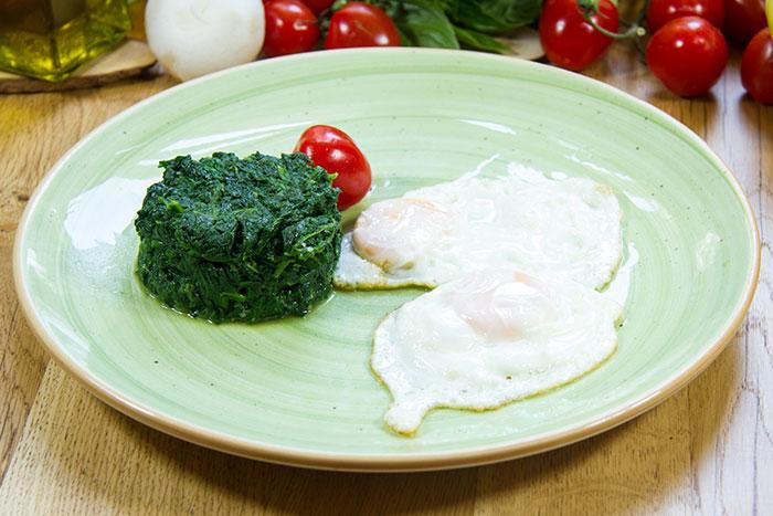 Spanac cu ouă