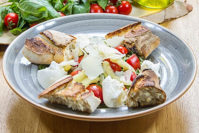 Salată Paesana